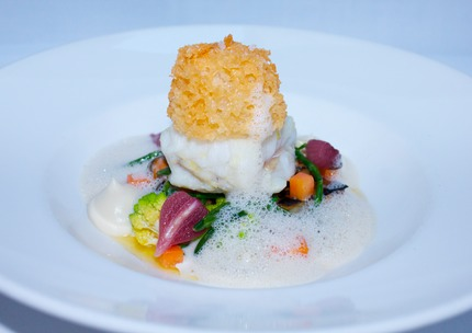 "-Bake cod ""coated with malt rasp"" deep fry cod skin, sauce a la Nage, with salt bake celeriac & pluck mussels, fry smoke cod roe muffin, pearl onion red vine lay, pluck saltwort."